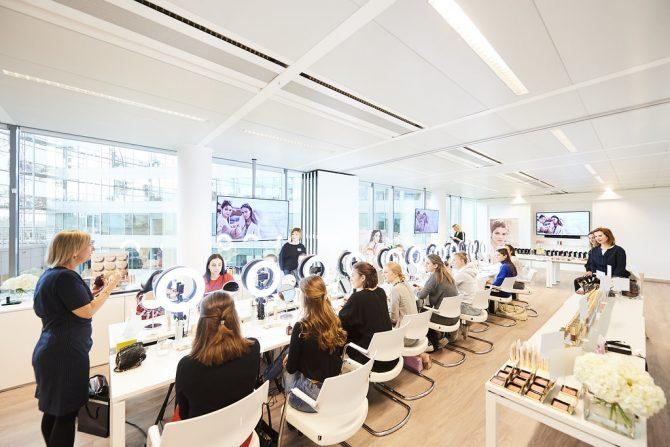 Masterclass Estée Lauder : un atelier sur-mesure pour trouver le fond de teint parfait - 4