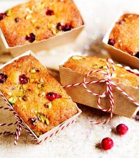 Mini-cakes à la canneberge, à la pistache et à l'orange