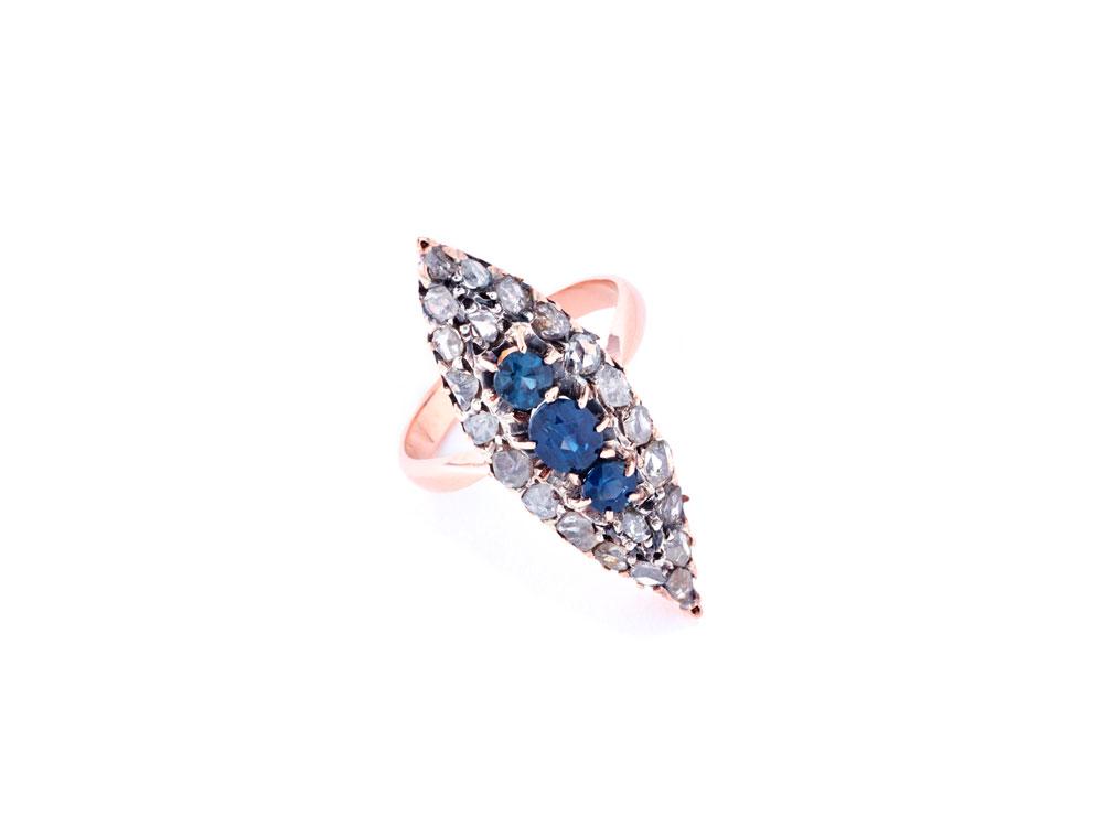 axelle_delhaye_r16004_bague_en_or_diamants_et_saphire_credit_alexandre_bibaut_1750eur