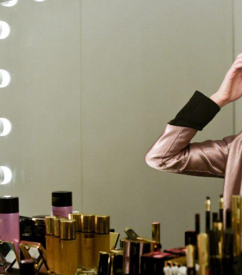 Tuto: un beauty look glamour et romantique pour Noël
