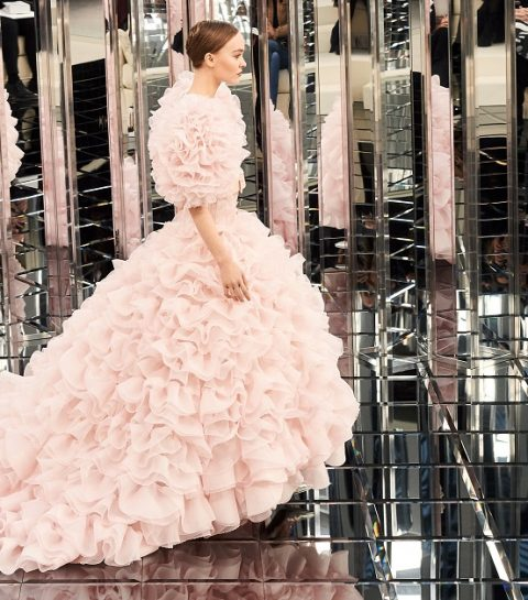 La collection Haute Couture de Chanel avec Lily Rose