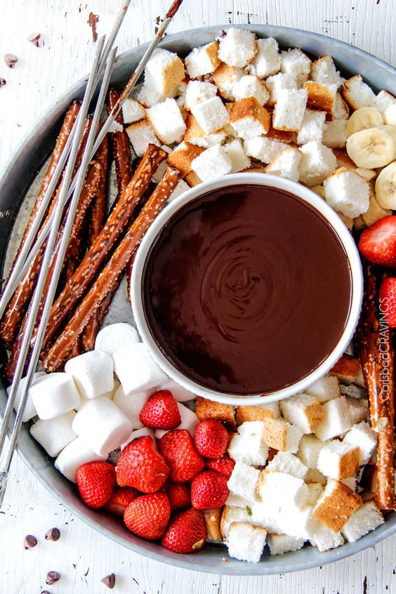 rendez-vous romantique en hiver : fondue