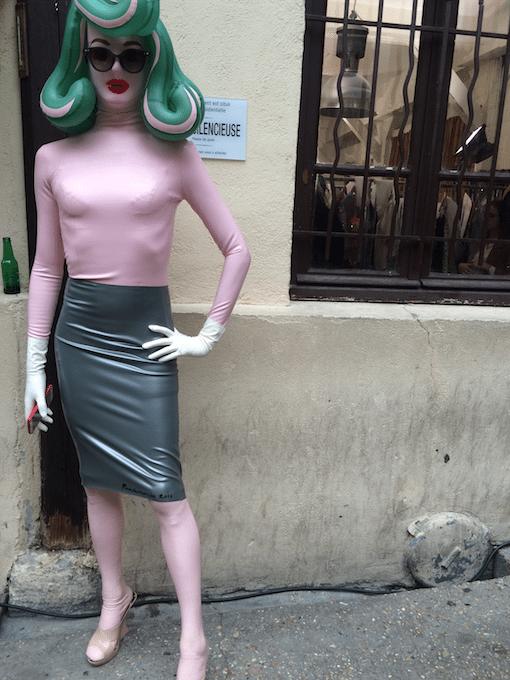 Fashion-week-insider-praat-modetermen-achter-de-schermen-11