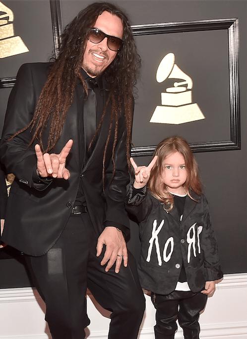 Grammy-Awards-2017-Blue-Ivy-Gucci-smoking-kids-red-carpet-rode-loper-7