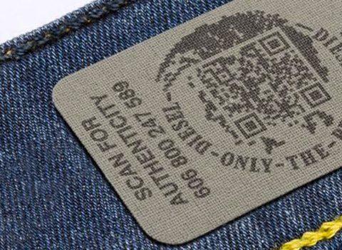 Contrefaçon: comment reconnaître un faux jean ?