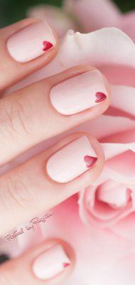 Le nail art minimaliste