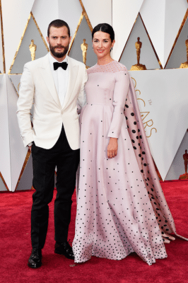 oscars-2017-live-best-dressed-red-carpet-rode-loper-koppels-Jamie-Dornan