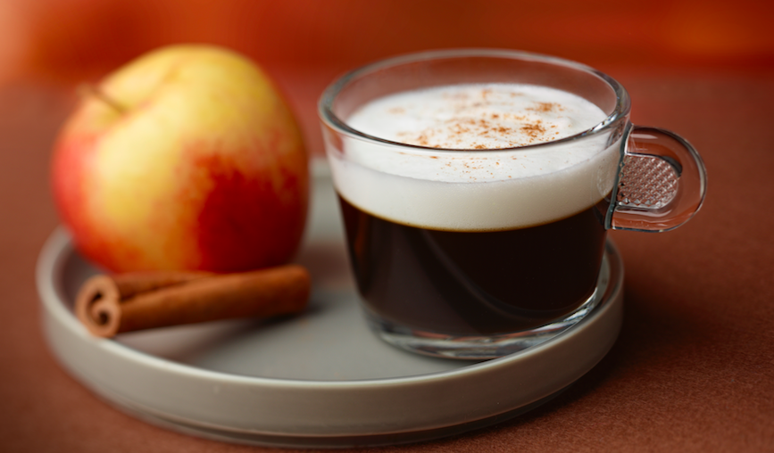 Tournée minérale: la recette du café pomme-gingembre