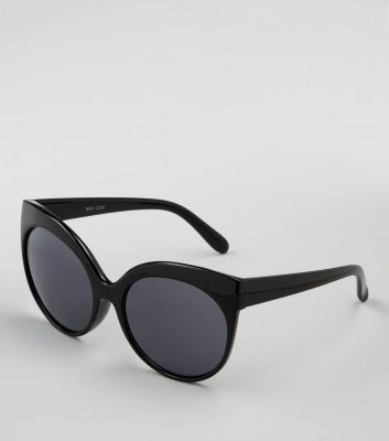 black-oversized-cat-eye-sunglasses
