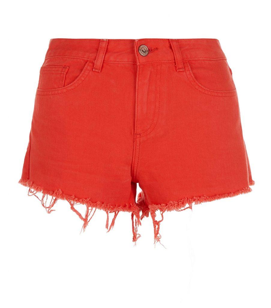 red-fray-hem-denim-shorts-