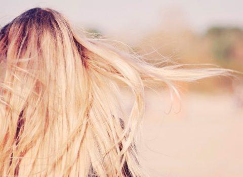On a testé: une solution efficace pour accélérer la pousse des cheveux