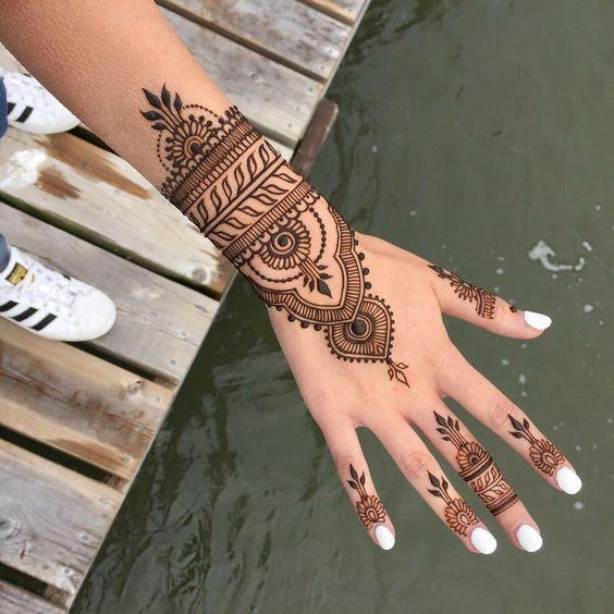 henna-2