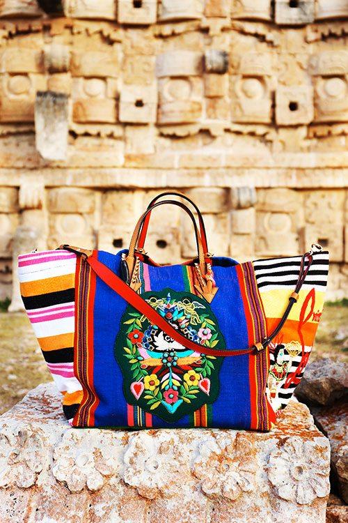 Le Mexicaba de Christian Louboutin brodé par les Mayas - 1