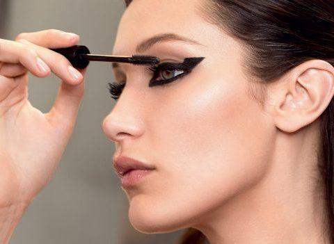 Interview: Bella Hadid nous dévoile ses secrets de beauté au quotidien