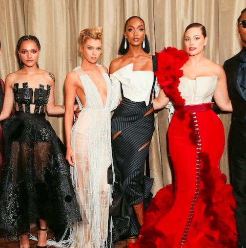 Stella Maxwell portait une robe H&M lors du MET Gala