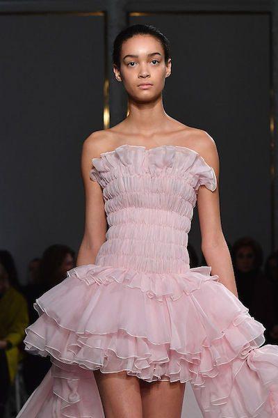 Giambattista Valli : Runway – Paris Fashion Week – Haute Couture Spring Summer 2017