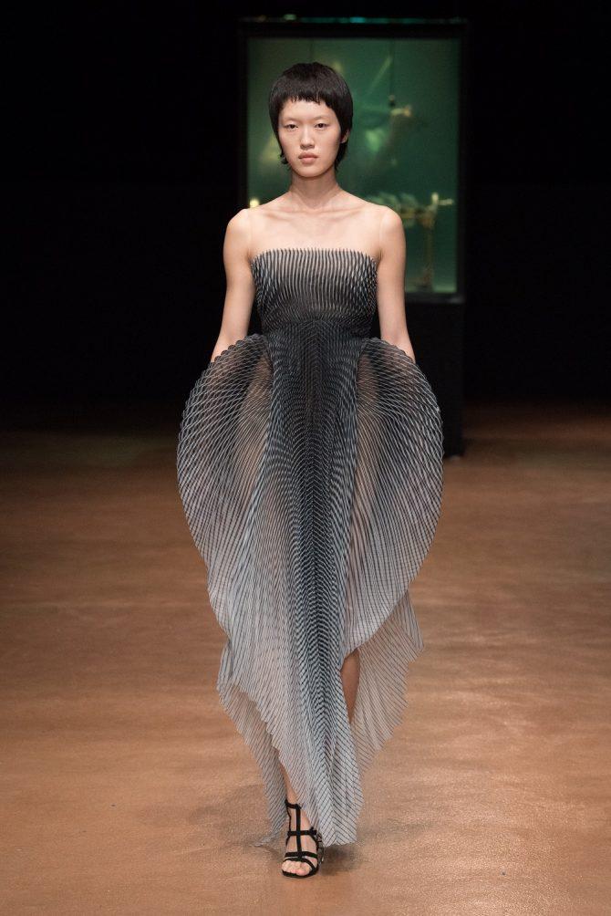 Paris Haute Couture : Iris Van Herpen, l'artiste de mode - 6