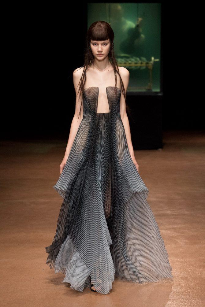 Paris Haute Couture : Iris Van Herpen, l'artiste de mode - 3