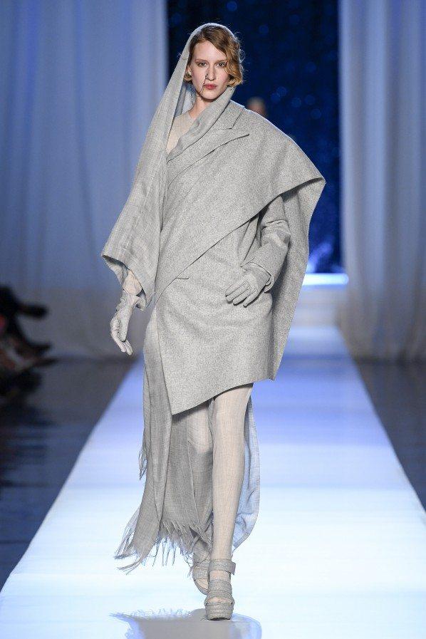 Paris Haute Couture : Jean-Paul Gaultier, ses reines des neiges - 4