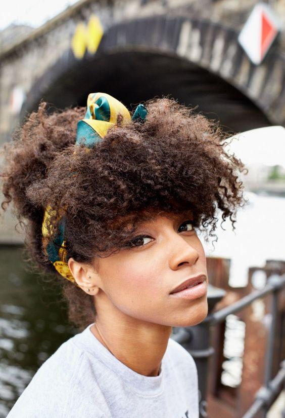 Cheveux bouclés et crépus: 10 styles qui créent le look - 7