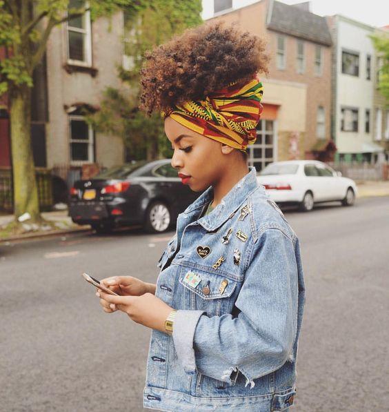 Cheveux bouclés et crépus: 10 styles qui créent le look - 1