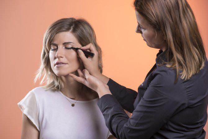 TUTO : l'art de l'eye-liner en 5 étapes - 4