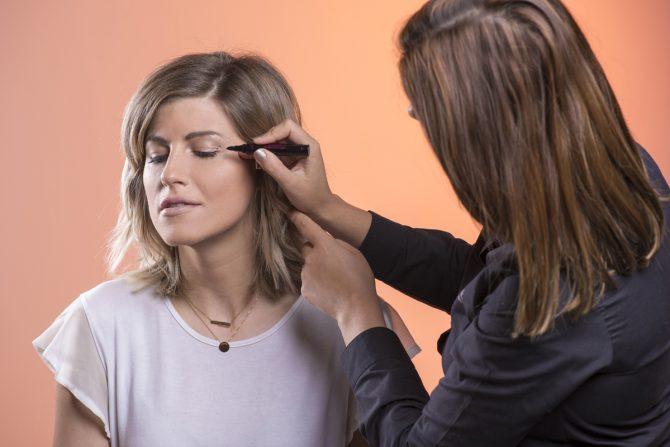 TUTO : l'art de l'eye-liner en 5 étapes - 3