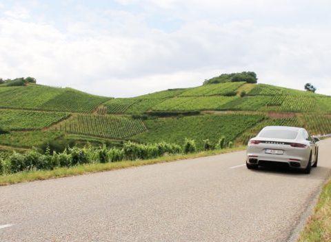 On a testé : rouler en Porsche Panamera 4S