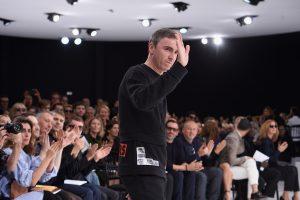 Pourquoi les créateurs de mode désertent-ils les Fashion Weeks ? - 2