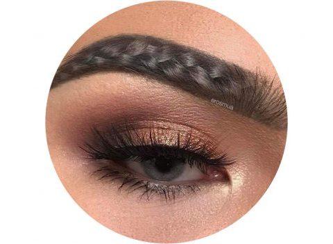 Braided brows: la nouvelle tendance WTF repérée sur Instagram