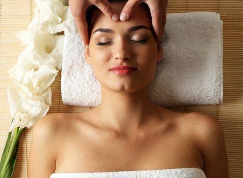 On a testé : les bienfaits d'un massage crânien