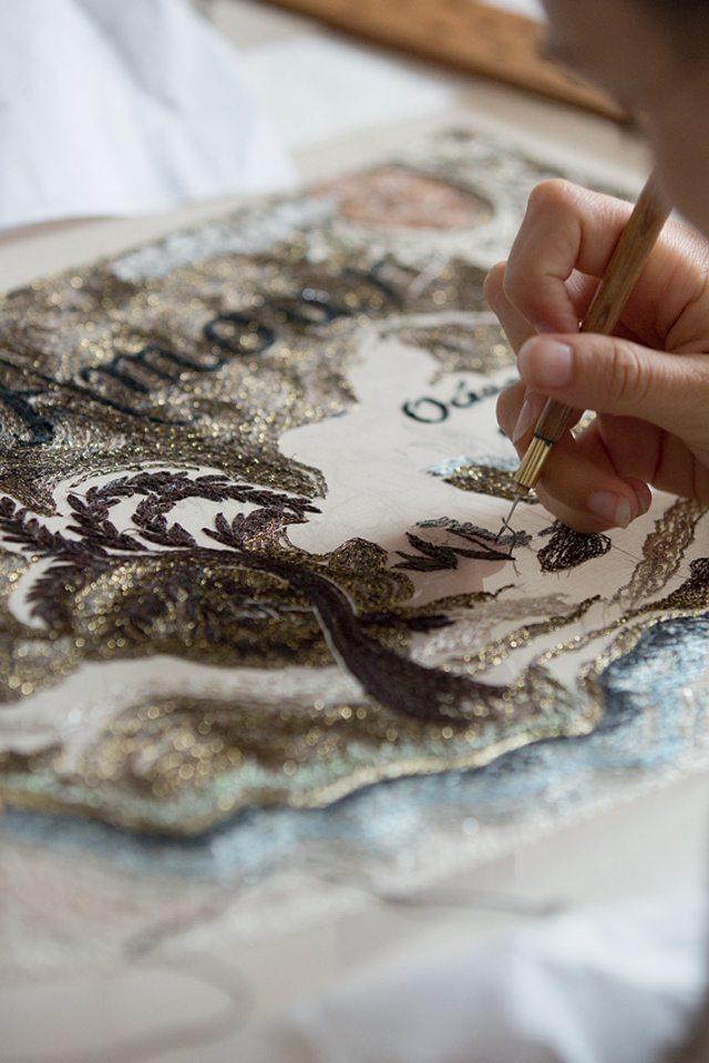 « Petites mains » aux doigts Dior - 11