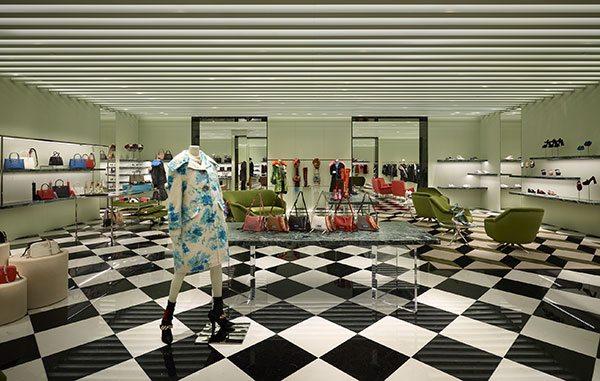 À quoi ressemble la boutique Prada à Bruxelles ? - 1