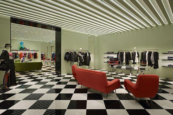 À quoi ressemble la boutique Prada à Bruxelles ? - 5
