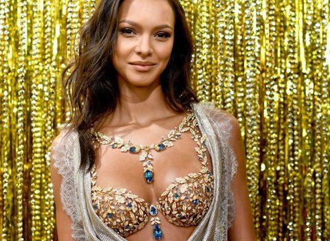 Qui est Lais Ribeiro, la star du prochain défilé Victoria's Secret ?