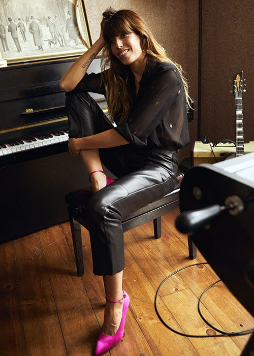 lou_doillon_other_stories_-_campaign_image_4_-_online_embargo_20-11-2017