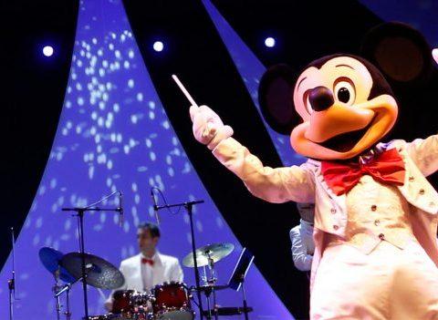 À quoi ressemblent les coulisses des spectacles Disney?