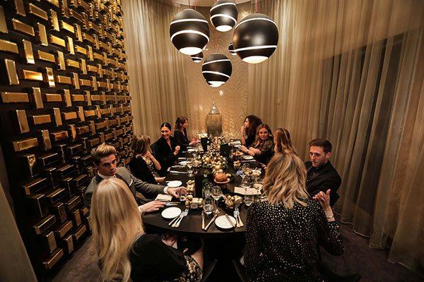 Revivez le Golden Dinner de ELLE x Ferrero Rocher - 1