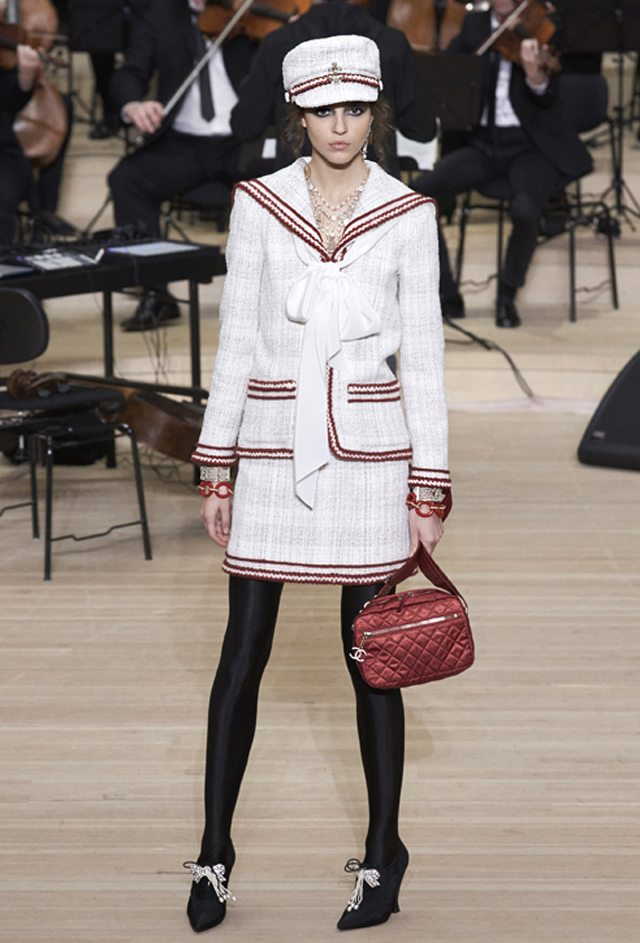 Défilé Chanel Métiers d'Art : Paris-Hambourg-Glamour - 3