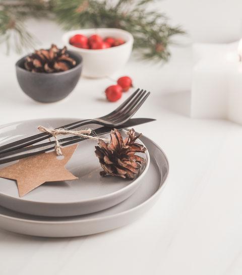 10 idées pour décorer vos assiettes à Noël