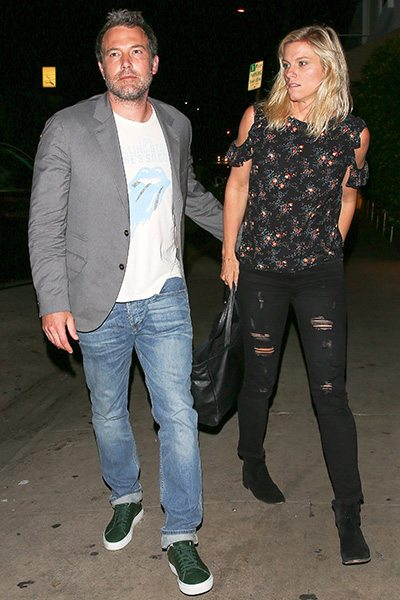 Après sa rupture avec Jennifer Garner pour cause d'infidélité, Ben Affleck se lance dans une nouvelle relation amoureuse avec Lindsay Shookus.