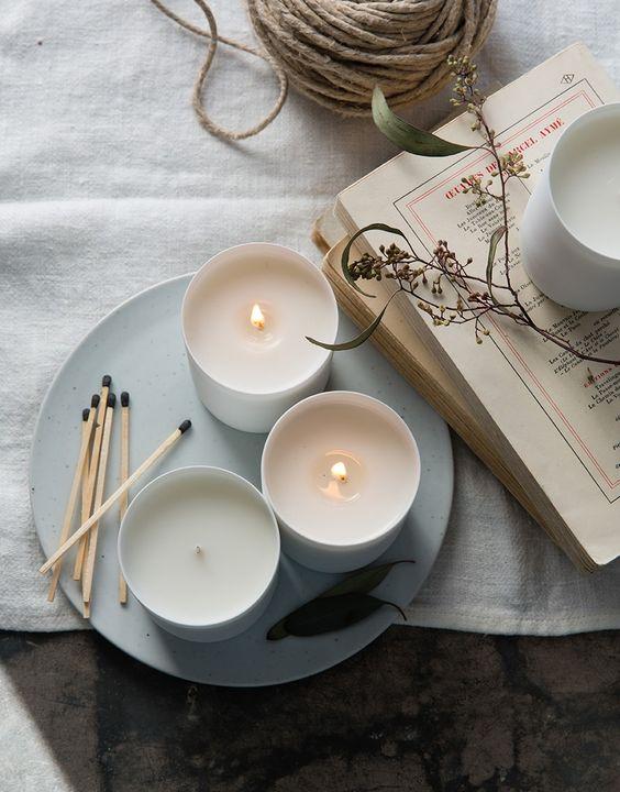 Des bougies, bien sûr. Un classique.