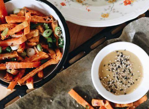 La recette qui tue: les frites healthy d'Aline Gérard (en vidéo)