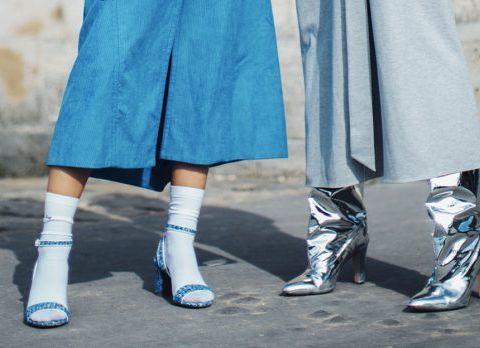 Comment porter les chaussettes dans les sandales en hiver ?