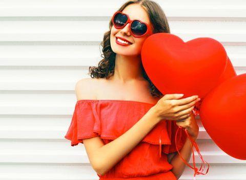 Saint-Valentin : 15 robes rouges pour faire grimper la température