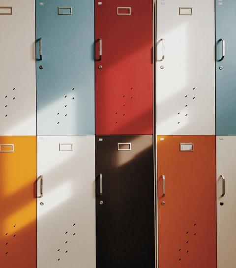 Dans les coulisses de 4 écoles insolites en Belgique