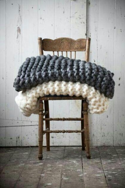 Plaids sur une chaise