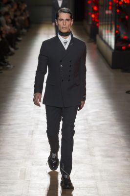 dior_homme_maw18_0001
