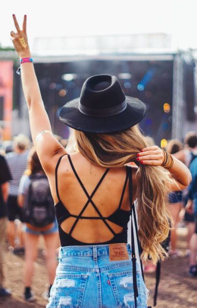 Black-hat-boho-hat-Coachella-style-Coachella-accessories-Coachella-looks-Coachella-fashions