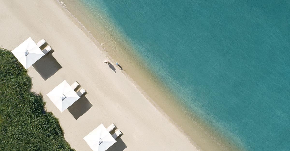 ikos-coverhorizontale-Beach-aerial